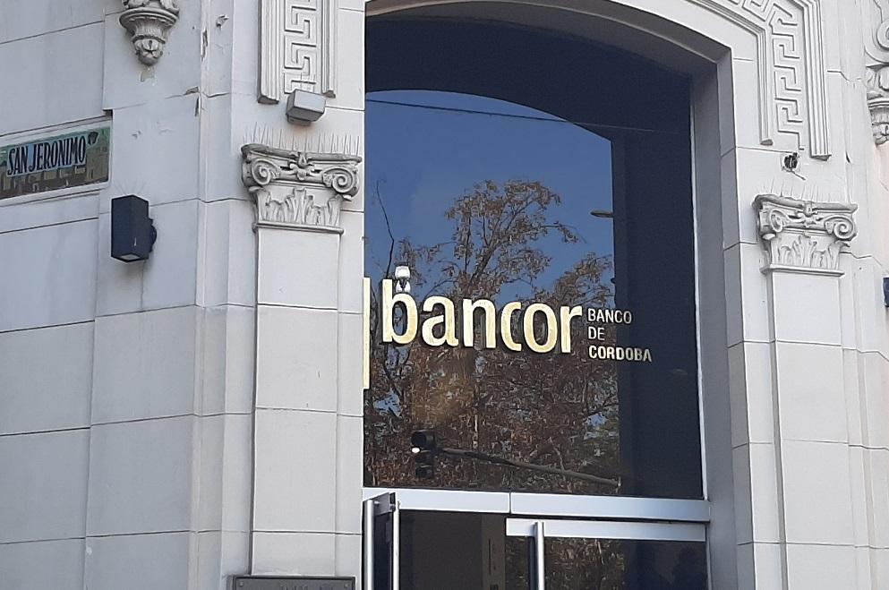 Bancor: comienza el pago del IFE y continúa la atención con turnos web