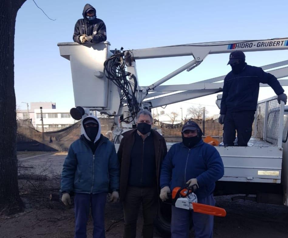 LA CARLOTA: el municipio adquirió una motosierra nueva