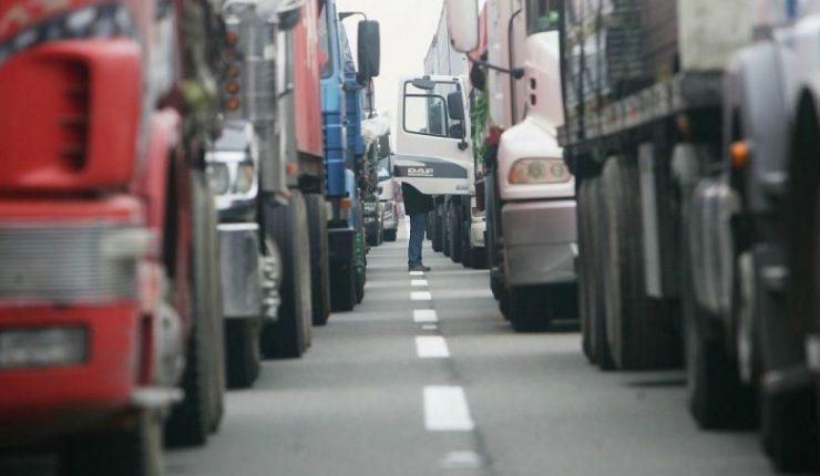 Transportistas reclaman actualización de sus tarifas: «Nos estamos fundiendo»