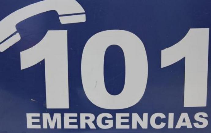 COMISARÍA DTTO LA CARLOTA : posee problemas técnicos en  el servicio del numero gratuito  101 .
