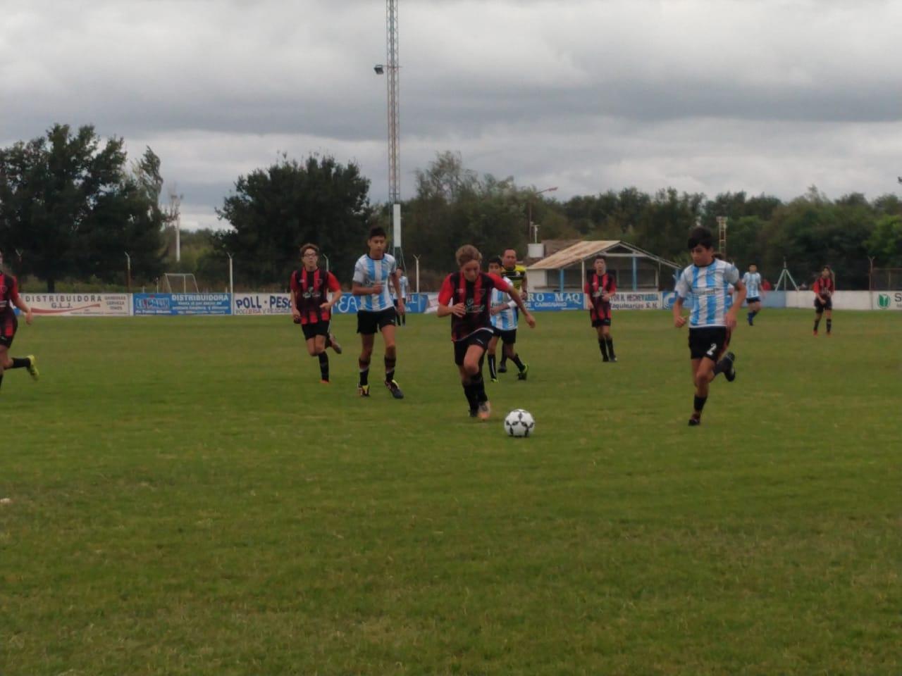 El fútbol infantil de la Liga de Canals puso primera