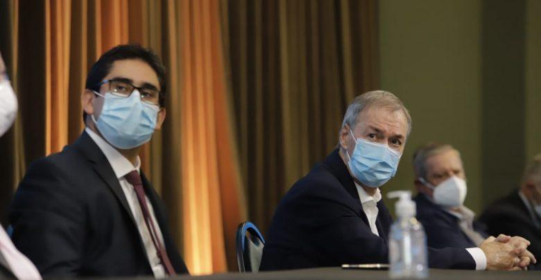 En medio de la segunda ola de coronavirus, el gobierno provincial busca consensuar con los municipios las nuevas medidas