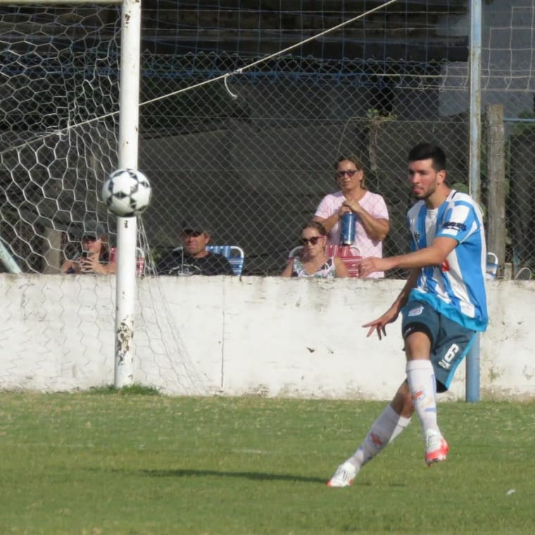 Liga de Canals: Ross revirtió el resultado y triunfó ante Canalense como visitante