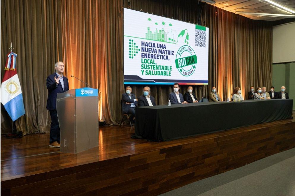 El gobernador Schiaretti presentó el Programa de Autoconsumo de Biodiesel 100%