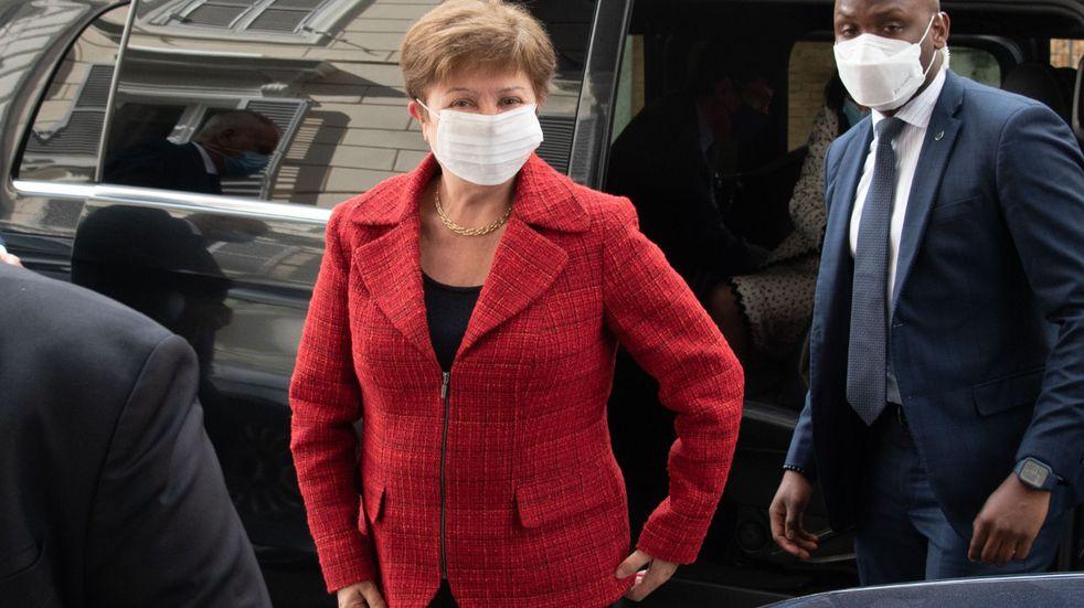 Georgieva comunicó que analizará la propuesta de la Argentina para reformar la política de sobrecargos