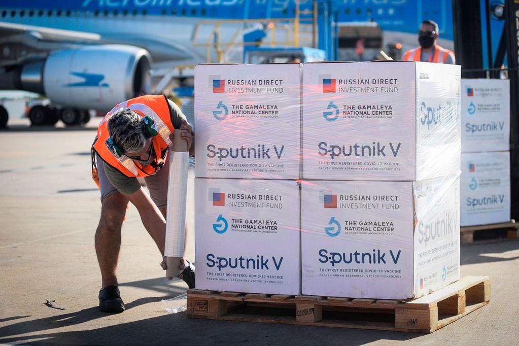 Este lunes llegan 500 mil dosis más de Sputnik V a Argentina