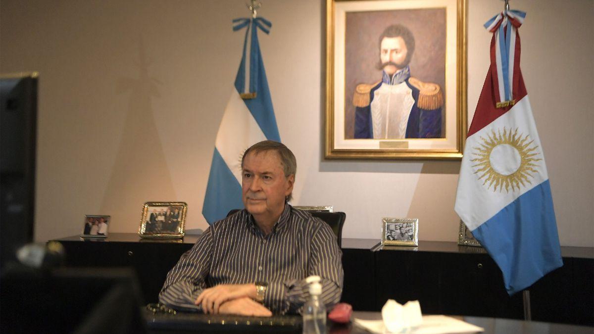 Operarán al gobernador Juan Schiaretti por un quiste en un riñón