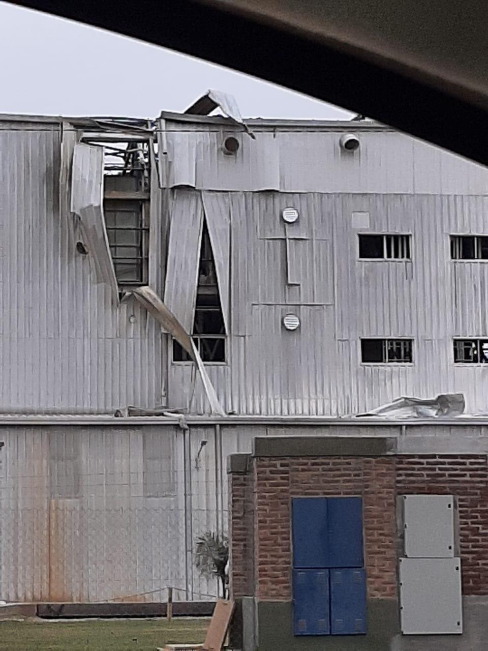 Cavanagh: Explosión en molino de harina provoca tres heridos