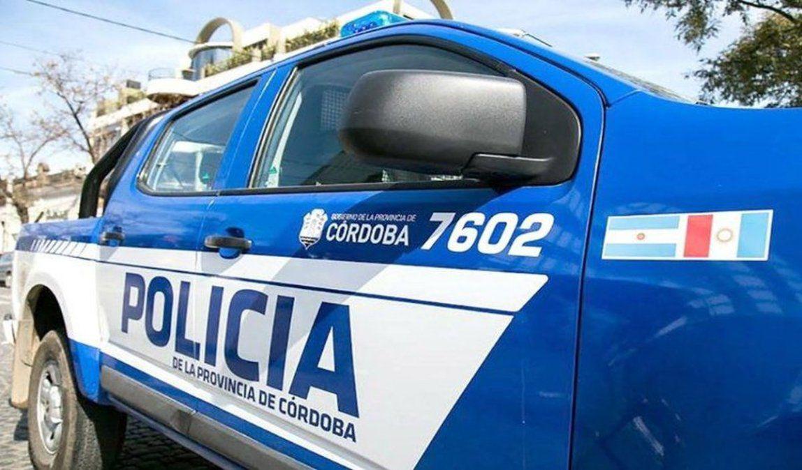 La Carlota: Informan que el policía detenido «habría abusado» de la menor cuando ella le pidió su ayuda