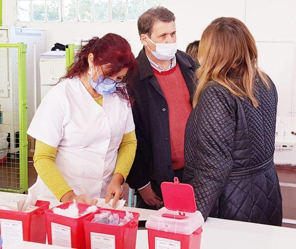 Vacunación en La Carlota: Se aplicarán 370 primeras dosis de Sinopharm