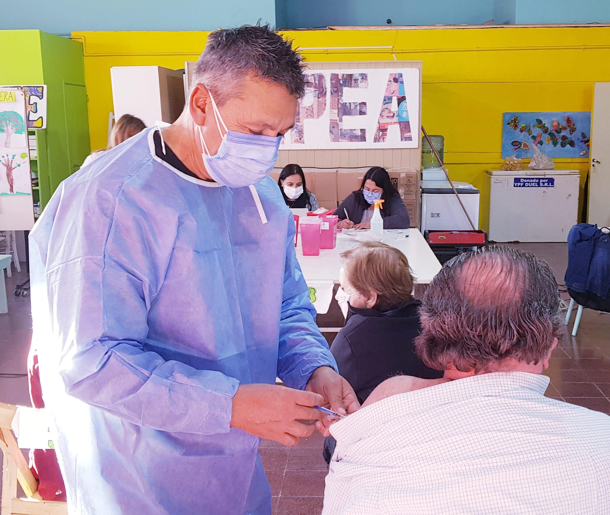 Desde este martes, mayores de 30 años podrán vacunarse sin turno en Córdoba