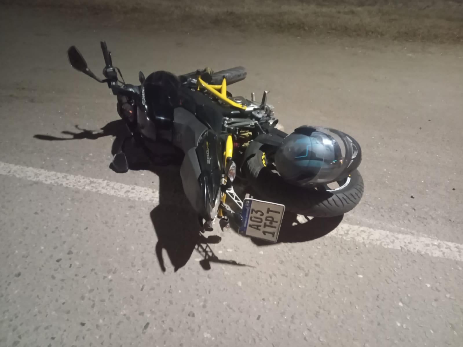 Por un accidente con un perro, un motociclista de La Carlota resultó herido