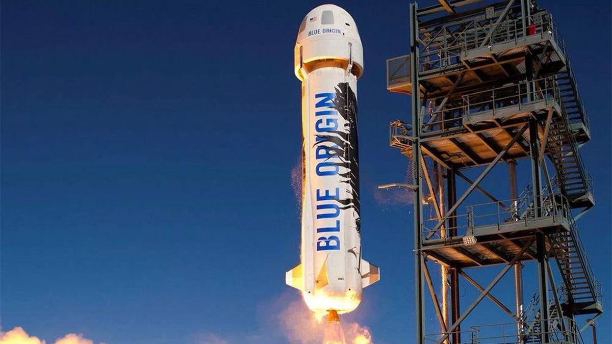 Histórico: Jeff Bezos regresó a la Tierra tras el primer viaje turístico al espacio