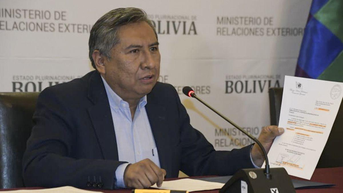 Bolivia denunció que el gobierno de Macri envió «material bélico» para reprimir protestas