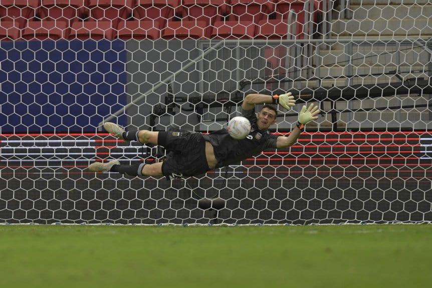 ¡Vamos Argentina!: En los penales, la Selección superó a Colombia y jugará la final de Copa América con Brasil