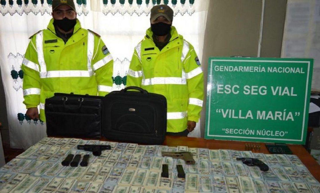 James Craik: Detuvieron a dos hombres que viajaban a Buenos Aires con 1 millón de dólares y armas en el baúl