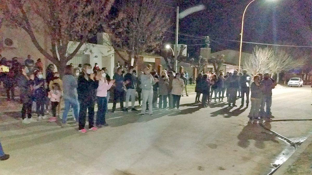 Canals: protesta de ahorristas por un desfalco millonario de una mutual