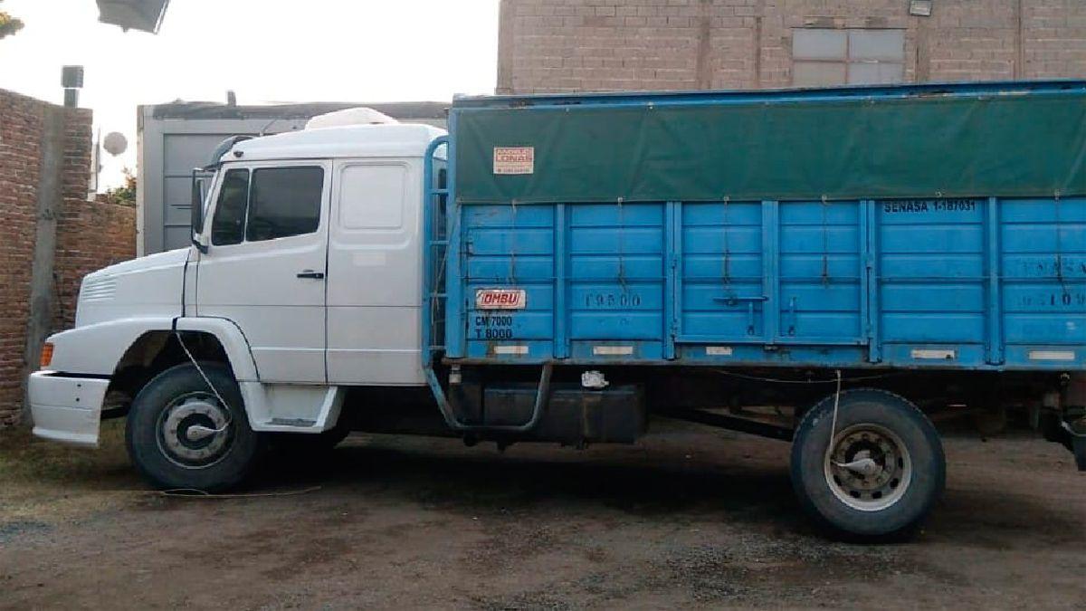 Secuestran el último camión usado en el millonario robo de soja de Buchardo