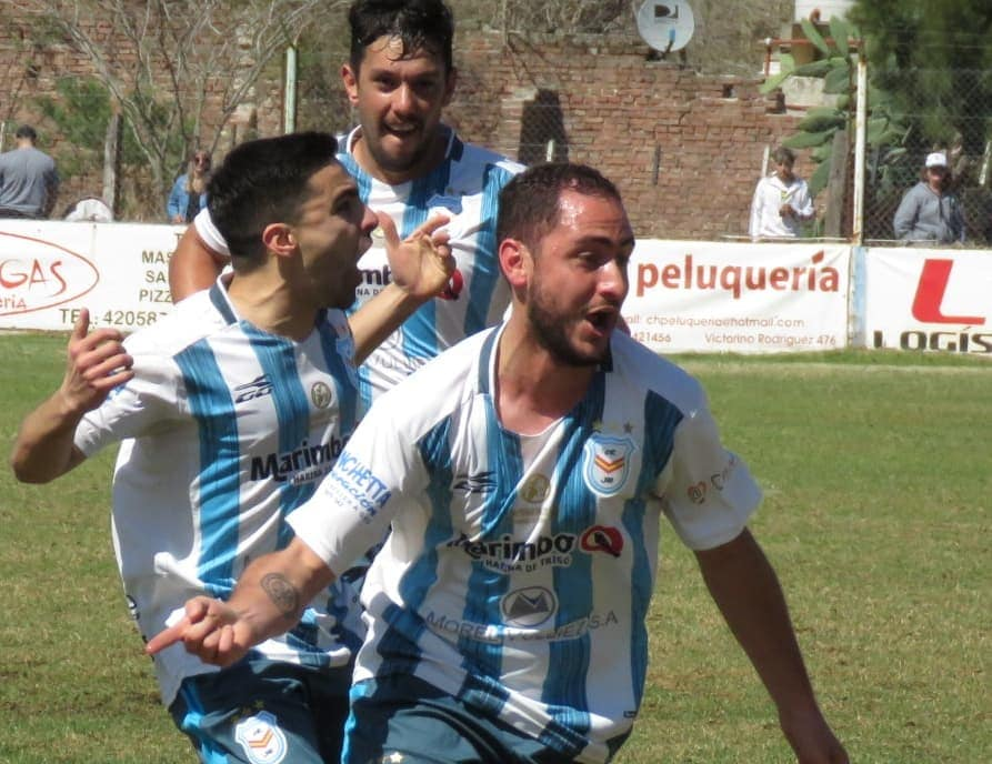 En el retorno de la Liga, Jorge Ross festejó en el clásico ante Central Argentino