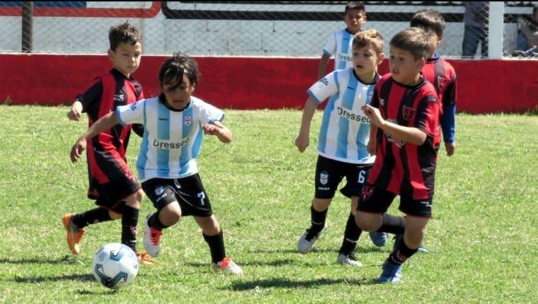 Ross y Central viajaron a Alejandro Roca con sus divisiones infantiles