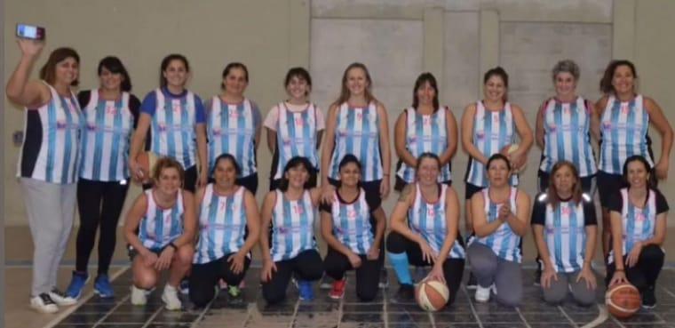 Maxi Básquet: El equipo femenino de Jorge Ross compitió en Río Cuarto