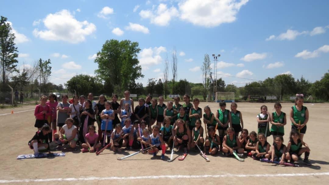 Ross a puro hockey: Encuentro de escuelitas y segunda fecha de la Liga ACRAHSC