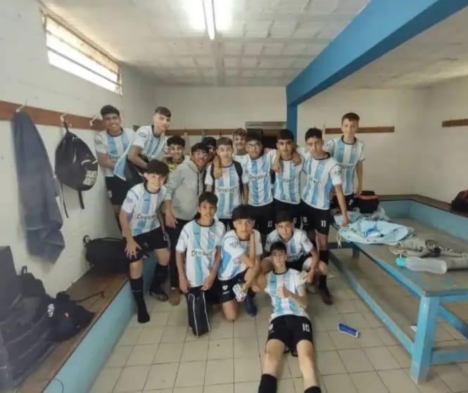 Fútbol Infantil: Los chicos del Puente se midieron con los del Poli de Alejandro