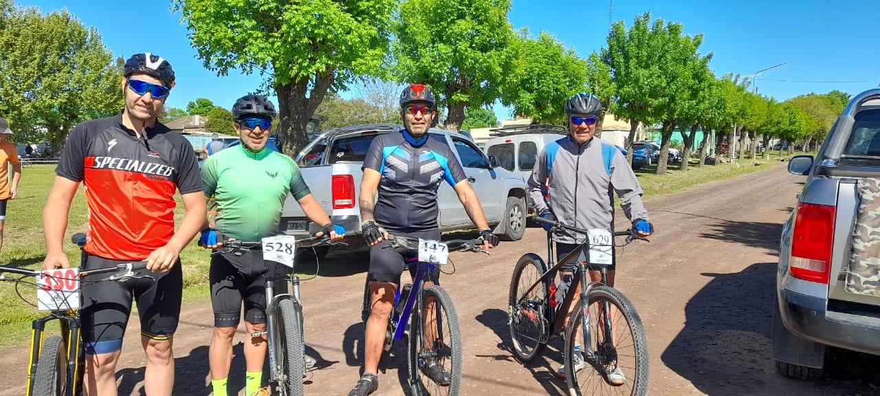 Ciclismo: Carlotenses realizaron una destacada labor en Santa Fe