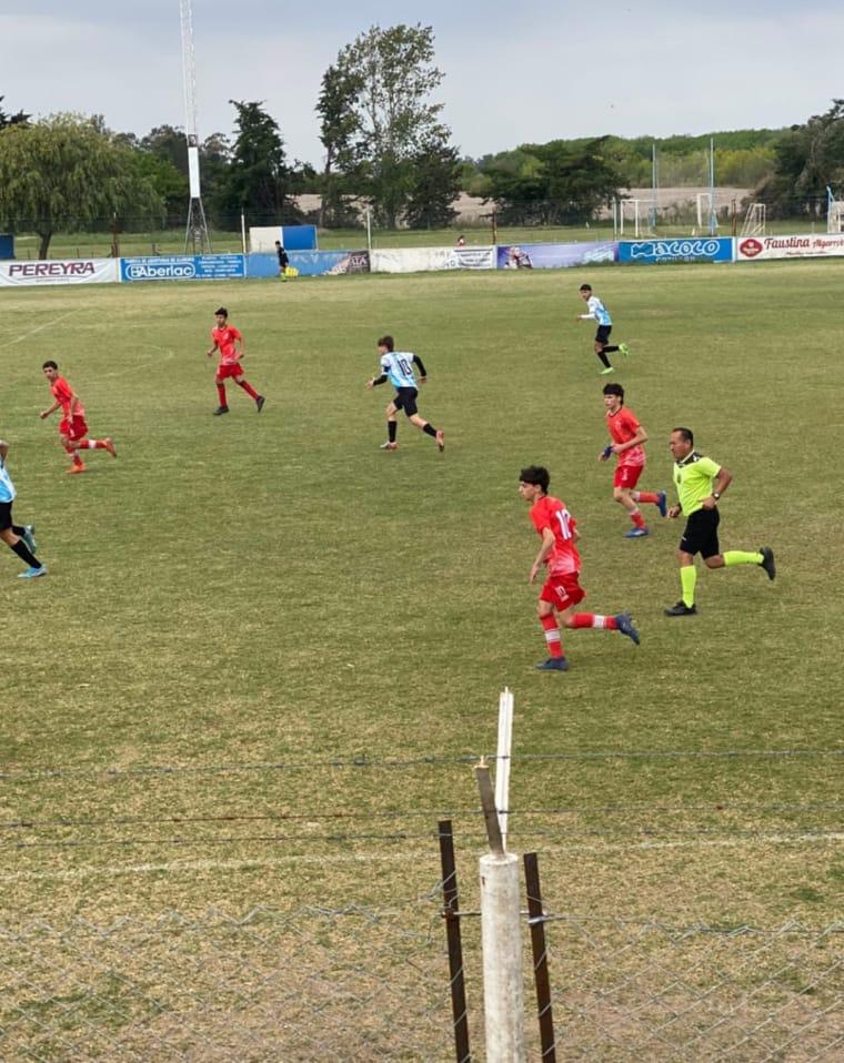 Fútbol Infantil: Jorge Ross completó sus partidos de la fecha 2 ante Colonia
